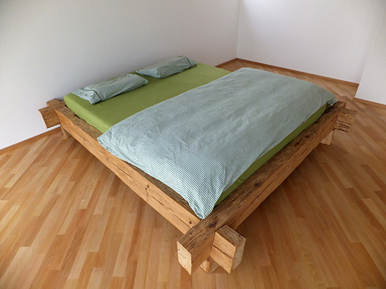 Altholz-Bett-3