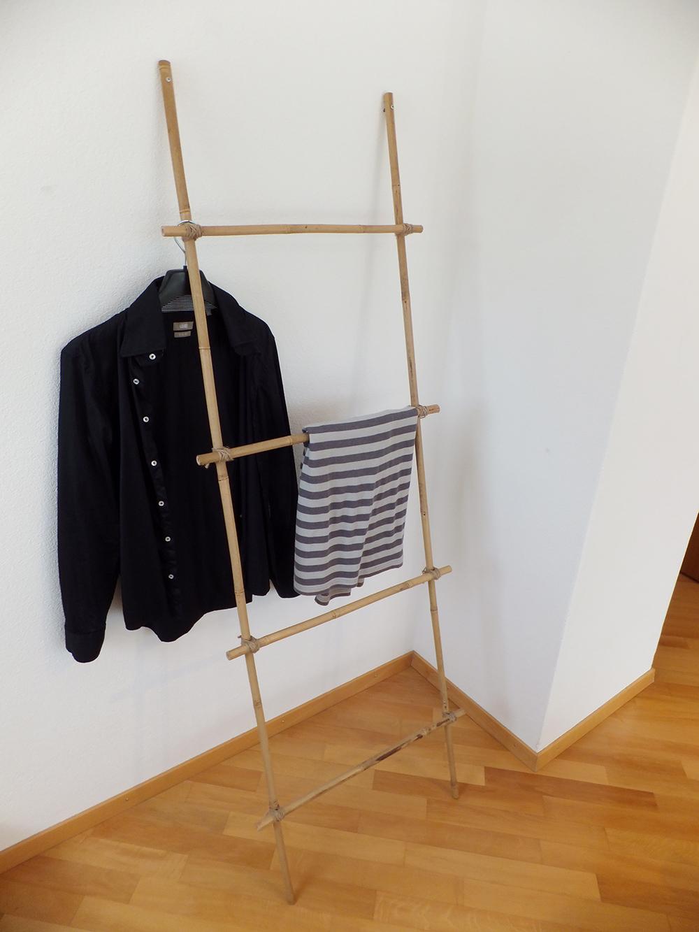 bambus garderobe kreuz und quer. Black Bedroom Furniture Sets. Home Design Ideas